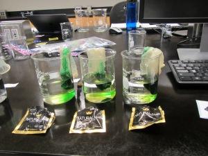 Green food coloring with Naturalamb condoms